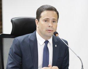 Juiz Leonardo Brasileiro determina que indenização devida a família de menor infrator seja revertida para as vítimas e seus familiares