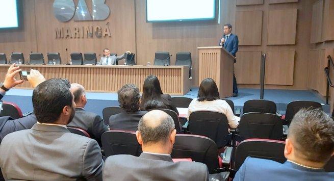 Presidente da Amapi palestra em evento jurídico no Paraná