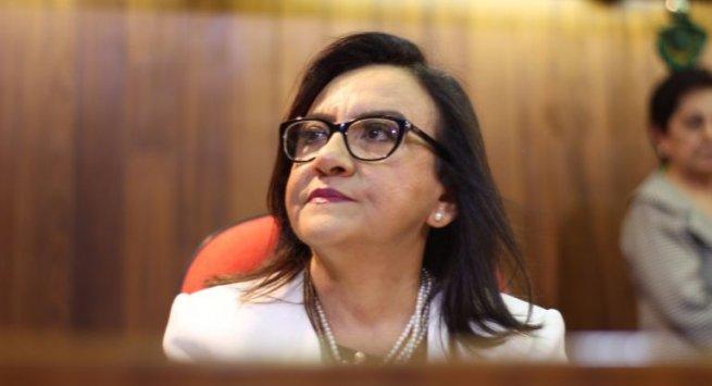 Juíza Maria Célia Lima Lúcio toma posse como coordenadora dos JECCs